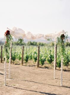 Elegant Berry Toned Real Wedding | Real Wedding | Oncewed.com