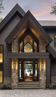 Rustic contemporary lake house with privileged views of Lake Minnetonka, . - Rustic contemporary lake house with privileged views of Lake Minnetonka, # privileged # contempora - Style At Home, Modern Lake House, Modern House Exteriors, Modern Cottage, Design Exterior, Exterior Paint, Rustic Exterior, Exterior Siding, Roof Design