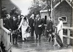 1935 - De opening van het Nederlandsch Geleidehonden Fonds door prinses Juliana