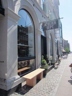 HIPSTERVILLE: Nyt en kaffe med et oppdatert, dansk smørrebrød til på Atelier September på Gothersgade.