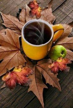 Coffee Photography, Autumn Photography, Good Morning Coffee, Coffee Break, Autumn Coffee, Coffee Pictures, Fall Pictures, I Love Coffee, Coffee Cafe