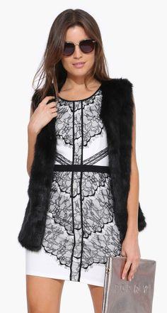 Lace BodyCon Dress in Black/white