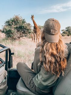 African Vacation, Outdoorsy Style, Granola Girl, Adventure Photography, African Safari, Africa Travel, Dream Vacations, Travel Around The World, Beautiful World