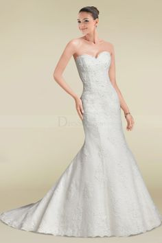 Bewitching Sweetheart Neckline Court Train Wedding Gown with Appliques and ButtonsWD307266