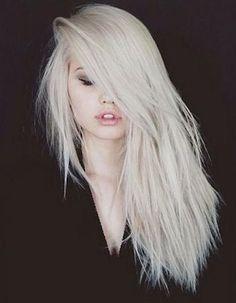 cheveux blancs jeune