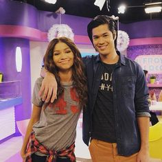 kc undercover cast pictures - Saferbrowser Yahoo Image Search Results