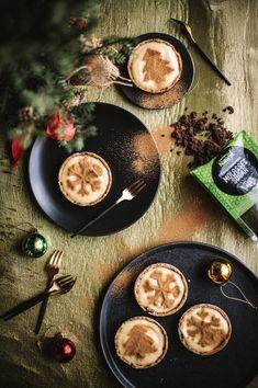 Festive Gingerbread Milk Tarts - The Kate Tin   Christmas Desserts
