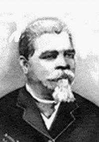 Oi eu sou Francisco José do Nascimento mais conhecido como Dragão do Mar e também conhecido como Chico da Matilde.