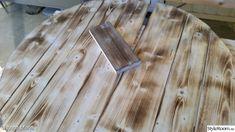 Gammalt bord i ny/gammal tappning - Hemma hos Happy1 Diy Table, Inspiration, Texture, Wood, Crafts, Ska, Biblical Inspiration, Surface Finish, Manualidades