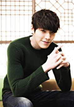 Woobin with that look in his eyes just makes me giggle