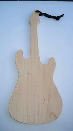 Tablero de corte de guitarra eléctrica por lureofcripplecreek