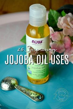 Check out the many uses for jojoba oil. Since it mimics the skin's natural oils, jojoba oil is endlessly useful. It's a must for any natural beauty routine. Leave In, Jojoba Oil Uses, Benefits Of Jojoba Oil, Beauty Oil, Diy Beauty, Aloe Vera, Deodorant, Concealer, Essential Oils