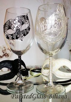 Toasting wine glasses Set of 2 Lace domino by PaintedGlassBiliana