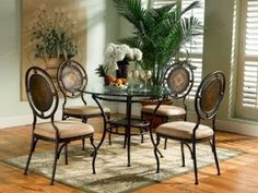 Dining room table http://topdiningrooms.blogspot.com/2013/10/best-dining-room-table-sets.html