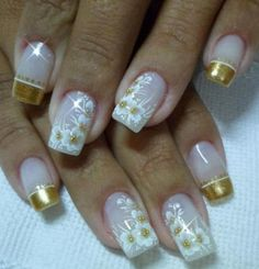 Mais de 90 Ideias para a sua Unha Decorada do Ano Novo! Fabulous Nails, Perfect Nails, Gorgeous Nails, Pretty Nails, Nail Art Designs, Creative Nail Designs, Creative Nails, Yellow Nails, White Nails
