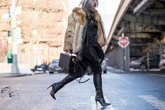 238 street style photos from New York that will inspire you for MONTHS: http://on.elle.com/1808a49