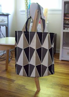 A Merry Mishap: DIY-grocery tote...