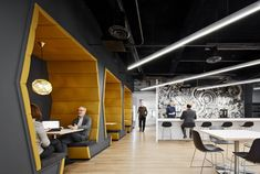 JLL Offices - Chicago - 10
