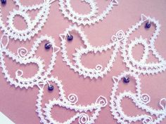 … Bobbin Lace Patterns, Crochet Patterns, Types Of Lace, Lacemaking, Lace Heart, Lace Jewelry, Lace Design, String Art, Paper Cutting