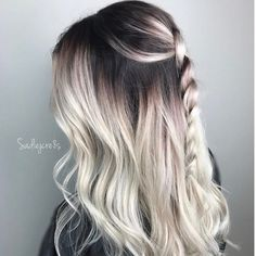 Black and ice Hair Color Highlights, Fall Hair, Different Styles, Girly Things, Curls, Eyeliner, Curly Hair Styles, Cool Hairstyles, Instagram Posts