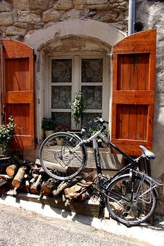Bike Stand In Bonnieux by LaVeta Jude, via Flickr