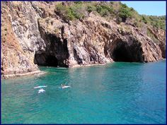 Last day in the BVI. The Caves at Norman Island BVI Awesome snorkeling adventure! Bvi Sailing, Sailing Trips, Places To See, Places To Travel, Travel Destinations, Island Cruises, Us Virgin Islands, Tortola British Virgin Islands, Vacation Spots