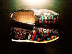 2014 Black Tribal Toms (Youth)