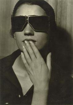 Man Ray Lee Miller, 1929 Via RMN