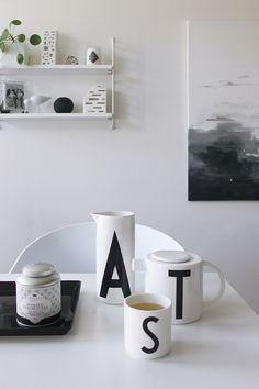 Scandinavian tablesettings with Design Letters