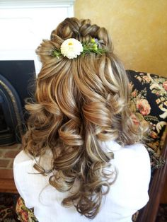 Bridal hair, half up half down, flowers in the hair, blonde curls, hair for outdoor wedding