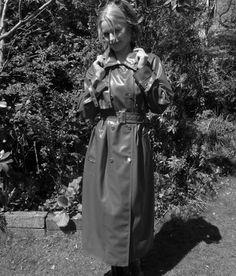 rubber Pvc Raincoat, Plastic Raincoat, Plastic Pants, Rain Fashion, Latex Fashion, Rubber Raincoats, Weather Wear, Raincoats For Women, Black White Photos