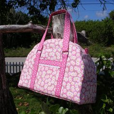 Carry All Bag - PDF Sewing Pattern - #Weekender #Bag or Carry-on Luggage