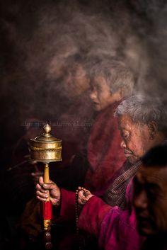 Puja . Gangtey, Bhutan