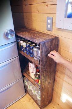 画像 Kitchen Organization Pantry, Kitchen Storage, Small Space Storage, Storage Spaces, House Essentials, Diy Cabinets, Home Decor Furniture, Diy Design, Diy And Crafts