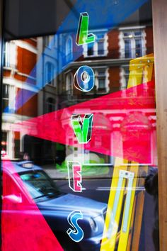 Art has coloured the Bulgari Hotel during the Frieze Week. #london #FriezeWeek #Bulgarihotellondon #Semple4Bulgari