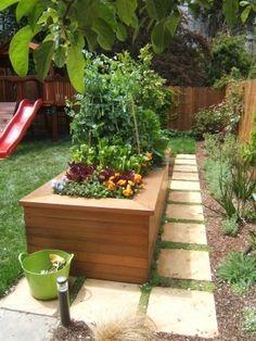 raised veggie garden @ Home Improvement Ideas