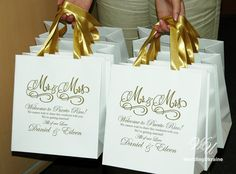 25 White Custom Wedding Welcome Bags with Gold satin ribbon and names - Elegant Personalized Paper Bags - wedding gift bags - Personalized Bags - Paper gift bags - Thank your guests for sharing in your special wedding day - Custom Wedding Welcome Bags. Personalized Paper Gift Bag with satin ribbon and tag - Welcome Bag - Weddings Gift Favors - Mr and Mrs welcome bag - Welcome to Our Wedding Gift bags  DETAILS - Set of 25 bags; - any color of ribbon and names; - size: 9.2 x 10 x 4 inches…