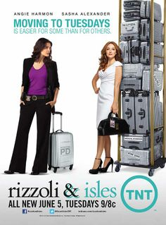 Oh, geez. XD I LOVE this ad. The look Jane's giving Maura and the army of suitcases she's hauling along... And Maura's being Maura and smiling without a care in the world. Love these two!
