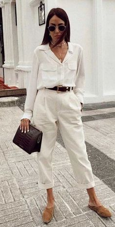 Best Workwear Combinations to Depend On If You Work At Home - Girlsinsights Mode Outfits, Stylish Outfits, Fall Outfits, Summer Outfits, Classic Fashion Outfits, Smart Casual Outfit Summer, Look Casual Chic, Party Outfits, Summer Shorts