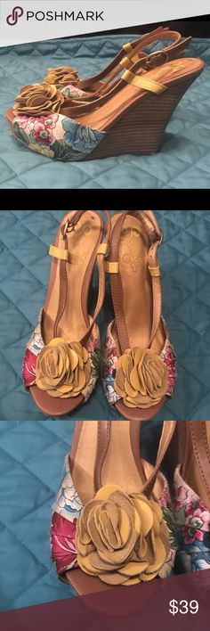 dc7eb5cceff3 Anthropologie Seychelles Wedge Sandals 7 PRE-OWNED in excellent condition  with no flaws  Normal