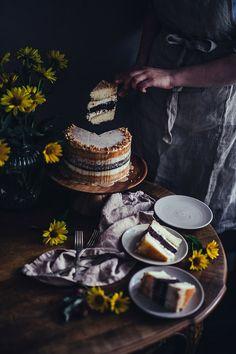 Food Pictures, Food Pics, Create A Cake, Roasted Nuts, Chocolate Sponge, Classic Cake, Baking Tins, Mini Desserts, Tahini