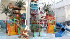 World Waterpark West Edmonton Mall - YouTube video - a sneak peek inside this huge waterpark! Fun for all ages in here with waterslides, multi-level play structure, wave pool and more! Located in Edmonton, Alberta Canada.