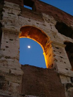 Colosseo at dusk - Rome