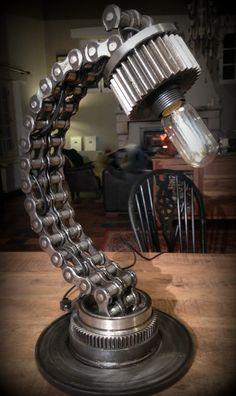 lampe industrielle chaîne Philosophia #industriallamps #steampunklamps #industrial #steampunk #design