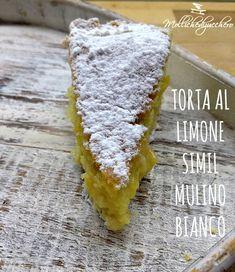 La torta al limone è un dolce che racchiude una profumata crema al limone in un guscio di frolla ricoperto da soffice torta margherita... Come dire di no?