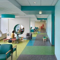 UCSF Medical Center at Mission Bay Benioff Children's Hospital – Design Is … Award People's Choice Kindergarten Interior, Kindergarten Design, Clinic Interior Design, Clinic Design, Medical Office Design, Healthcare Design, Hospital Architecture, Interior Architecture, Indian Home Interior