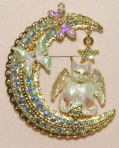 Kirks Folly Luna Kitty Cat Angel Crescent Moon Pin Brooch Goldtone