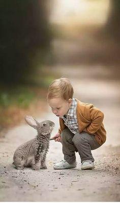 City photography, children photography, animals for kids, baby animals, ani Animals For Kids, Animals And Pets, Baby Animals, Funny Animals, Cute Animals, Animals Photos, So Cute Baby, Cute Kids, Cute Babies