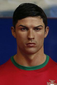 Cristiano Ronaldo y su réplica en el Museo de Cera.