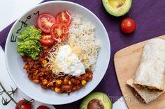 Fitness recepty s vysokým obsahom bielkovín Tahini, Burritos, Chana Masala, Tofu, Cobb Salad, Meal Prep, Tacos, Food And Drink, Mexican